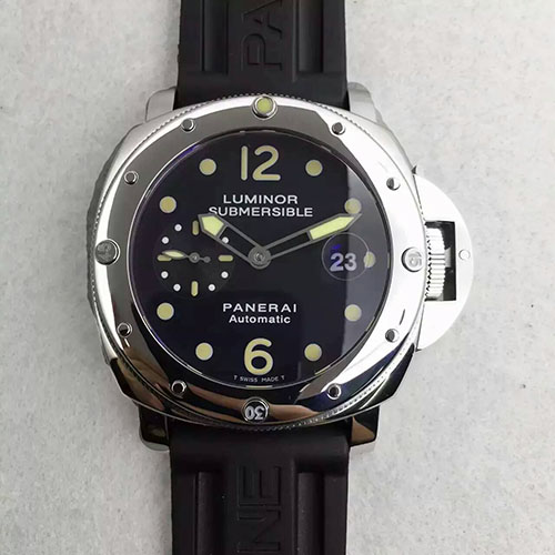 沛納海 Panerai Luminor Submersible系列pam024 搭載7750機芯